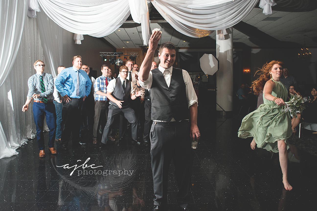 garder toss michigan wedding photographer.jpg