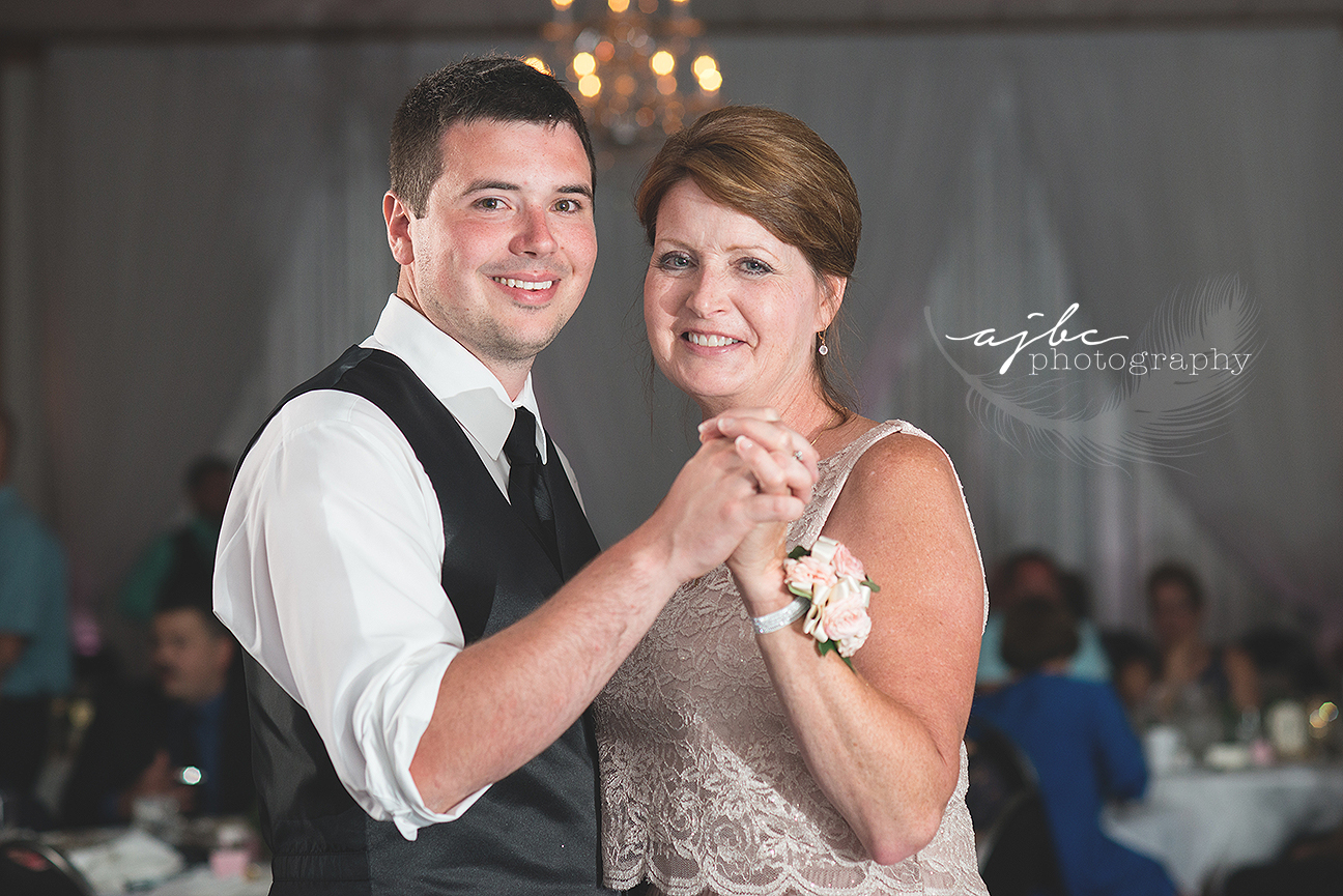 michigan wedding photographer mother son dance.jpg