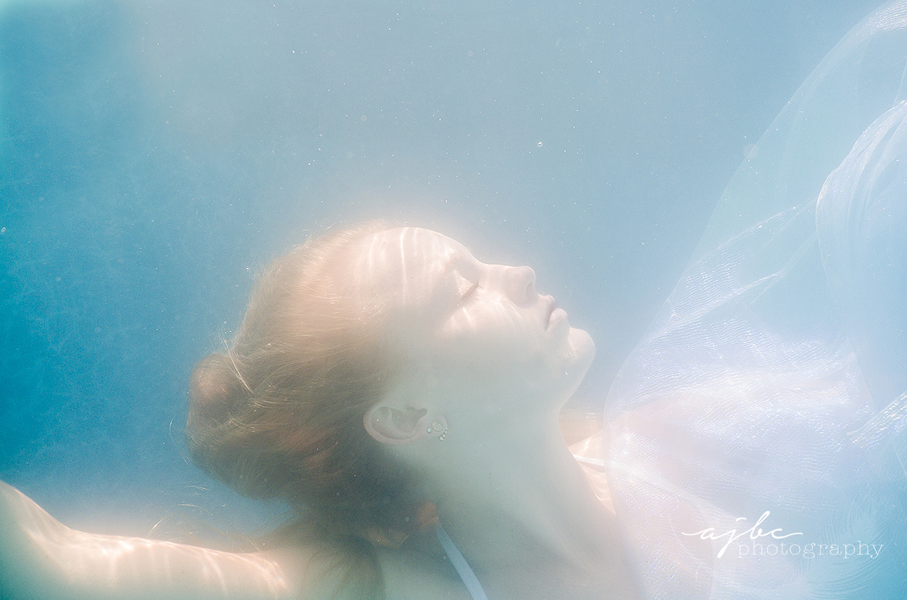 underwater beauty michigan artistic photographer.jpg