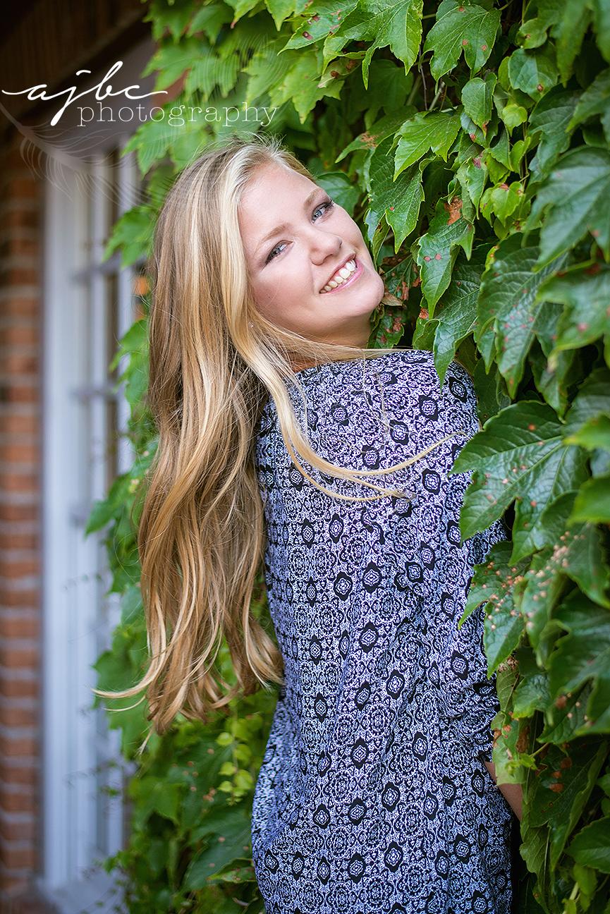 outdoor senior girl photoshoot lexington michigan photographer.jpg