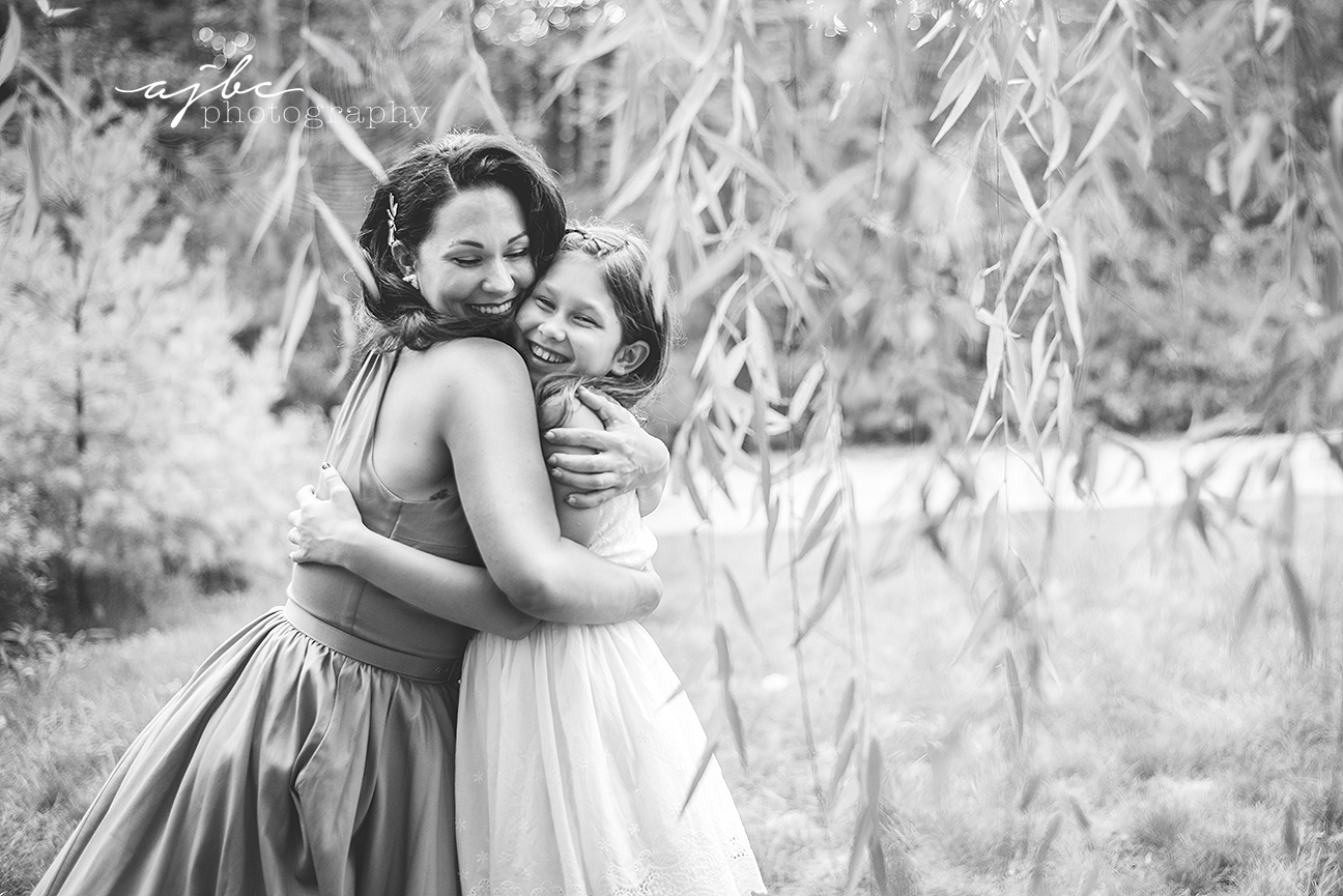 pin up vintage family photoshoot outdoor famiy love mother daughter photographer michigan family photographer.jpg