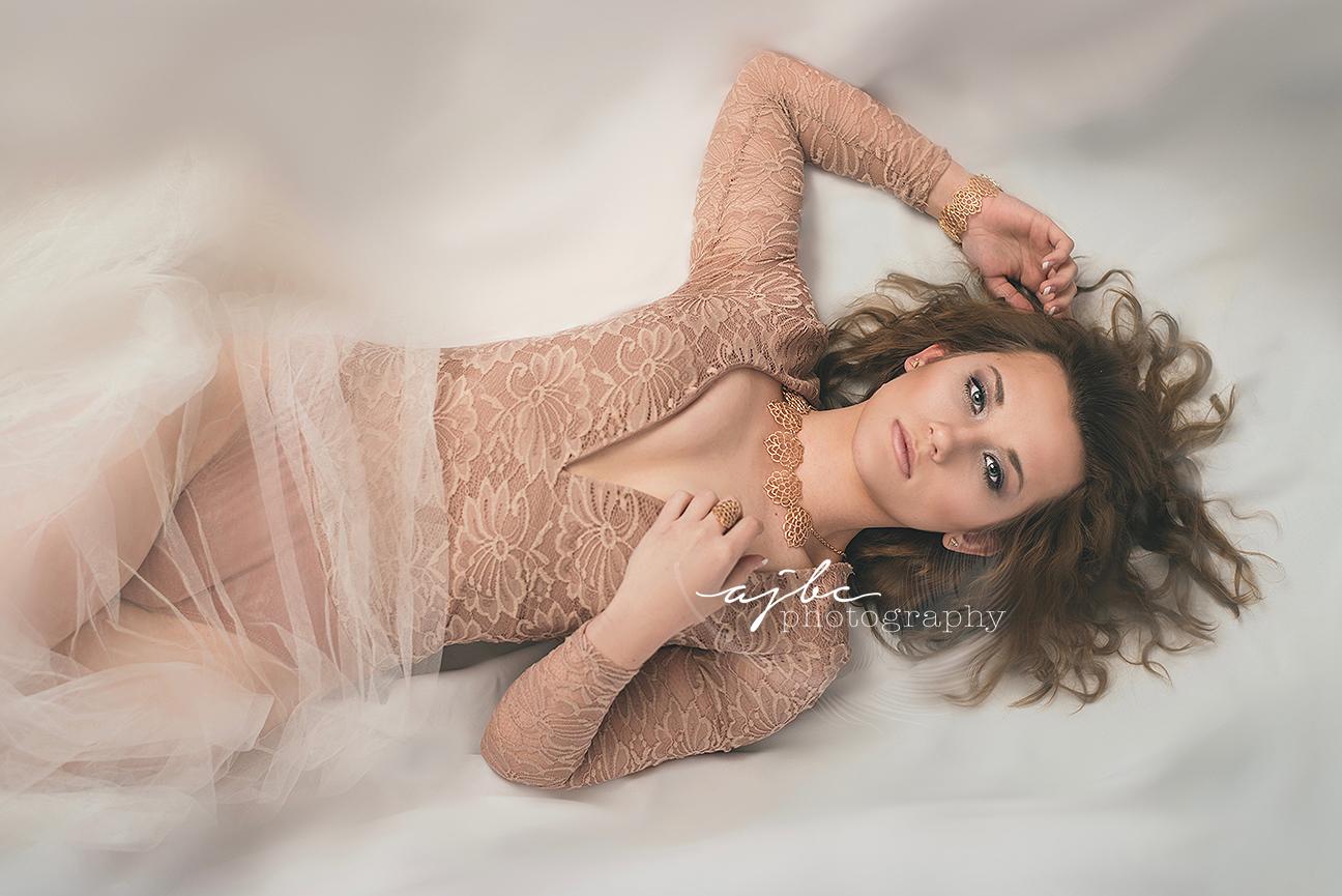 port huron michigan beauty photographer high fashion beauty photographer magical photoshoot dry ice fog photoshoot.jpg