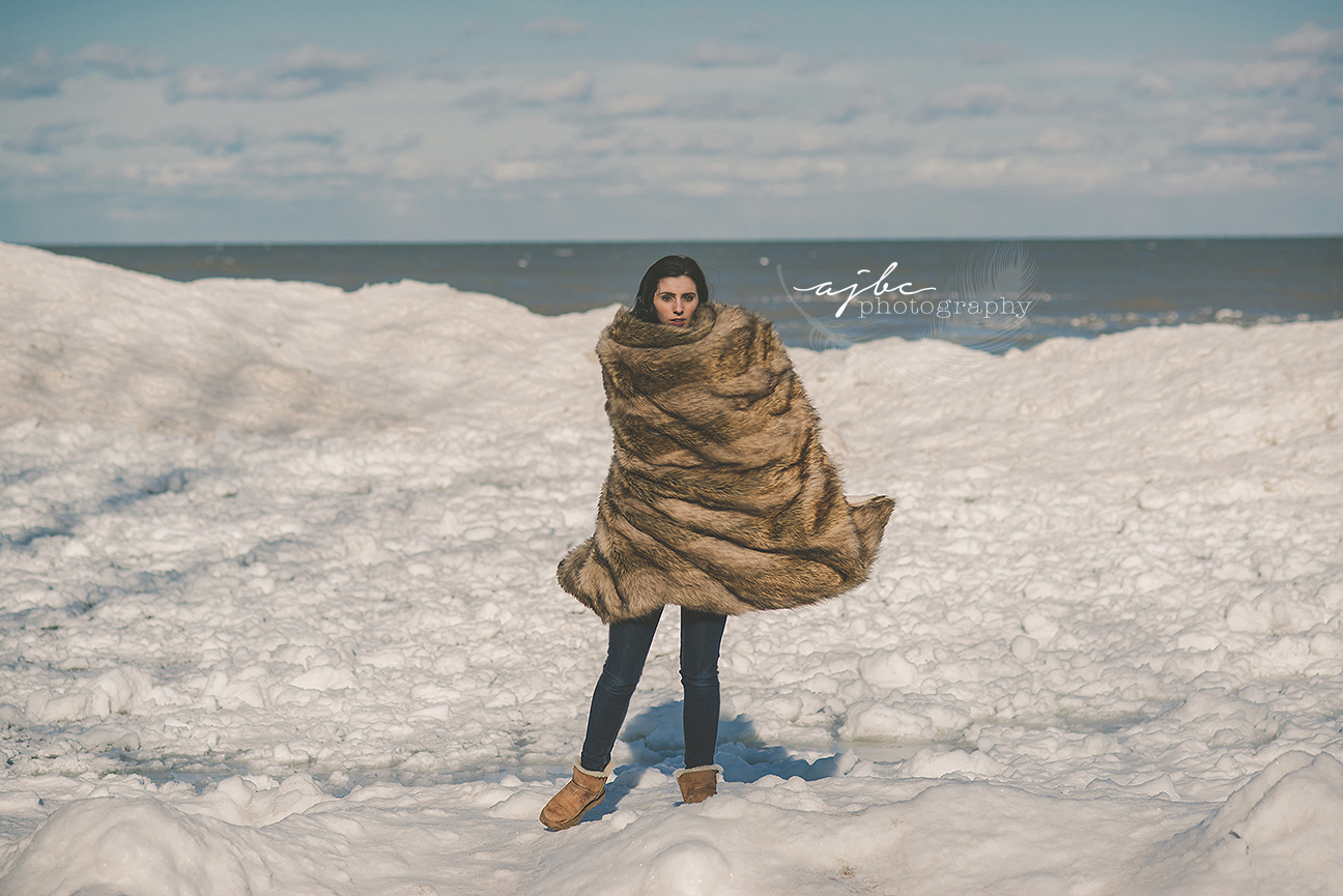 port huron michigan winter photoshoot fort gratiot park frozen shore line photoshoot winter beauty.jpg