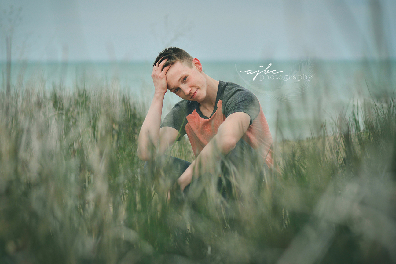 fort gratiot beach senior boy photoshoot port huron high school senior photographer.jpg