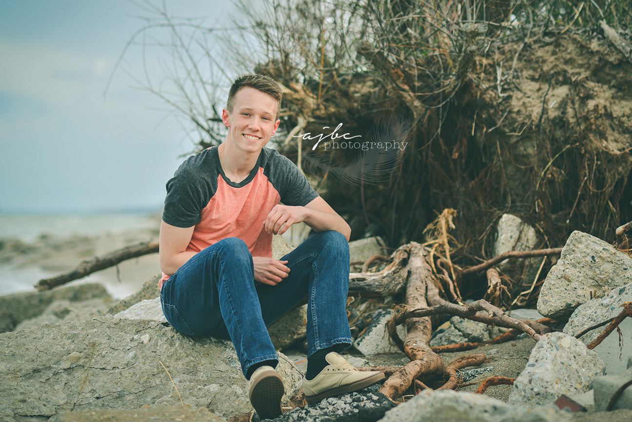 lexington michigan senior photographer beach senior session.jpg