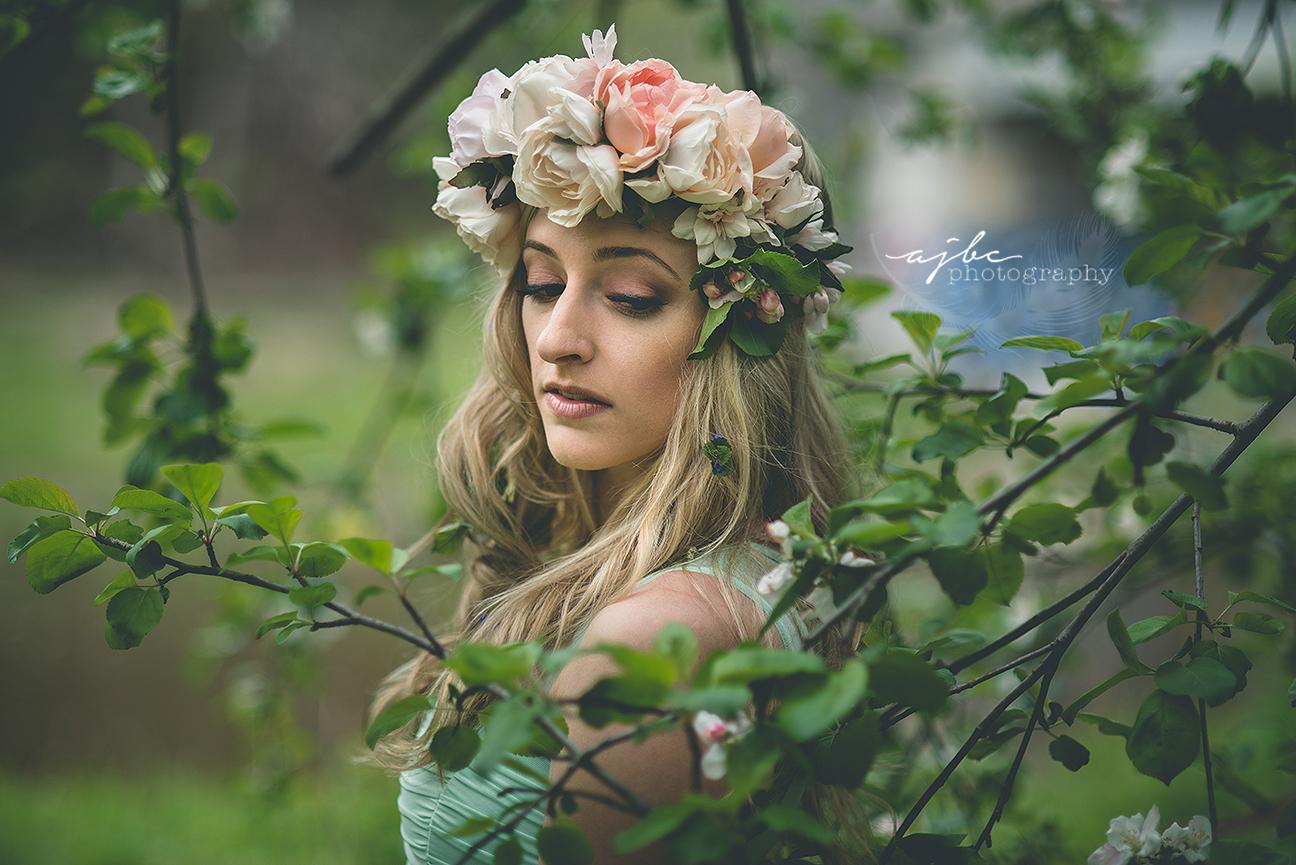 forest fairy michigan outdoor portrait photographer.jpg