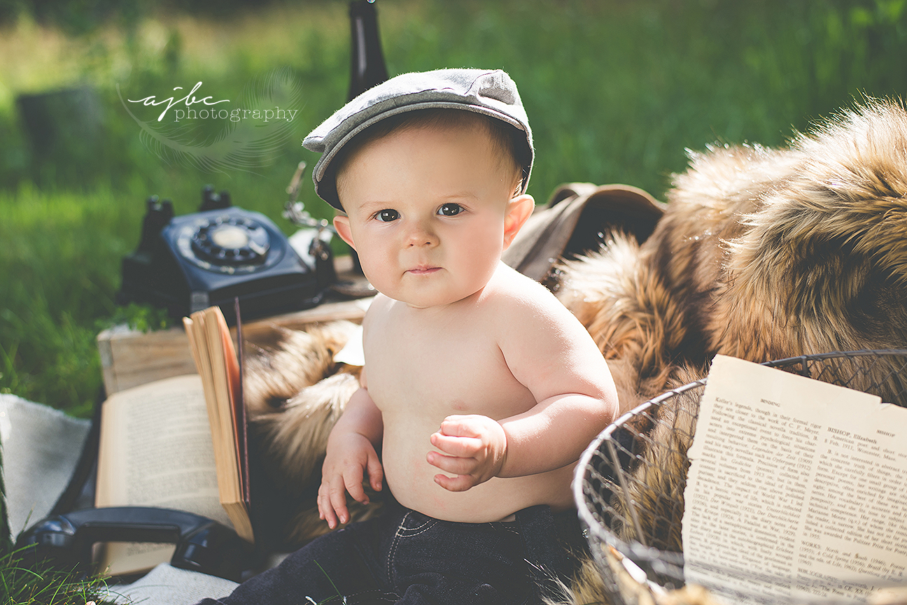 harry potter themed toddler photoshoot michigan child photographer.jpg
