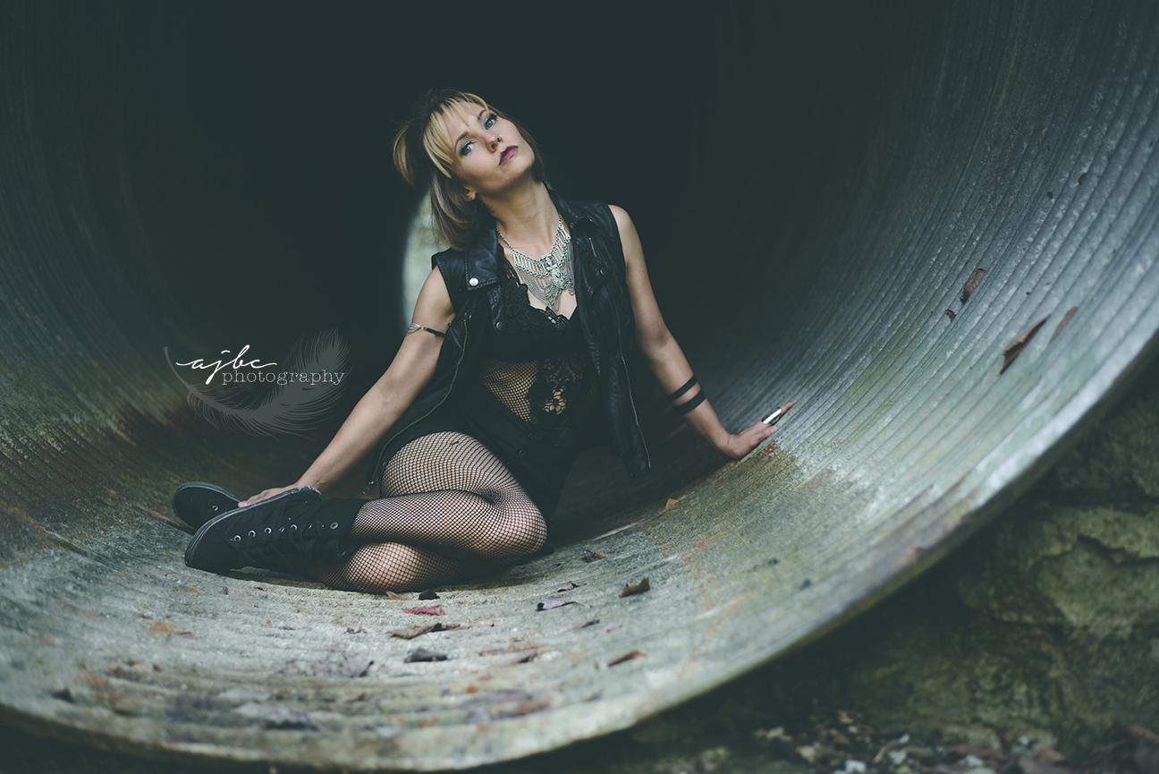 edgy girl power photoshoot best michigan portrait photographer.jpg