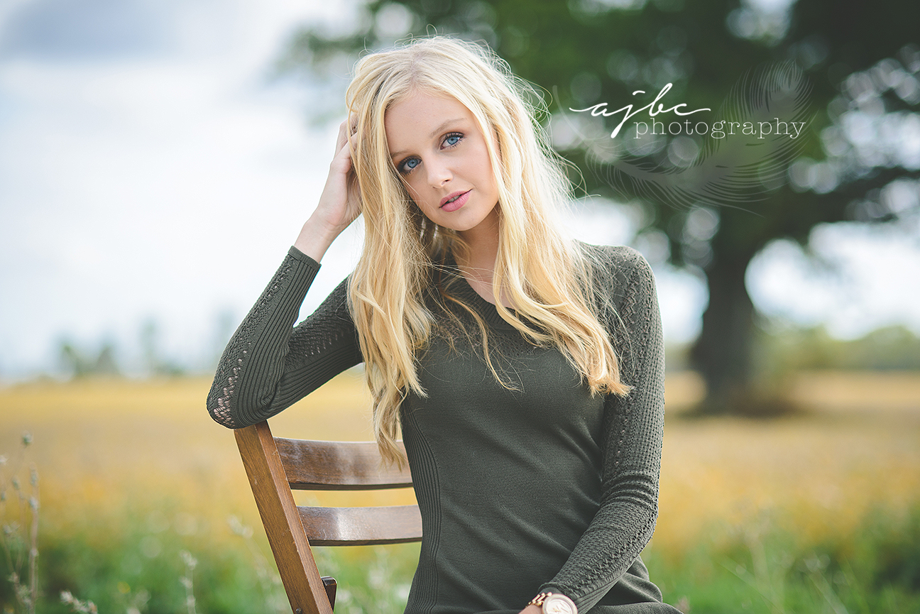 michigan artist portraits outdoor senior beauty.jpg