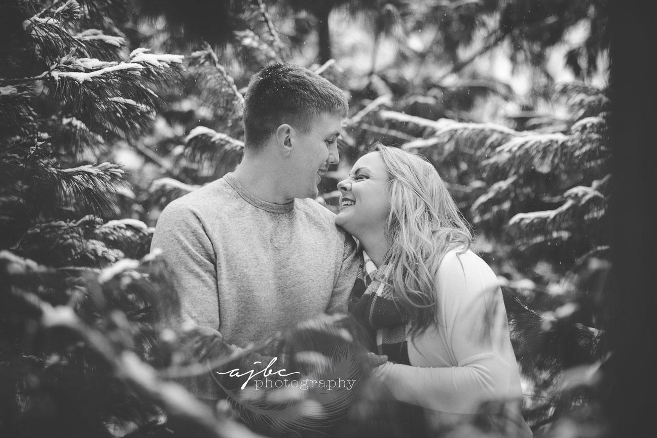 best michigan couple photographer.jpg