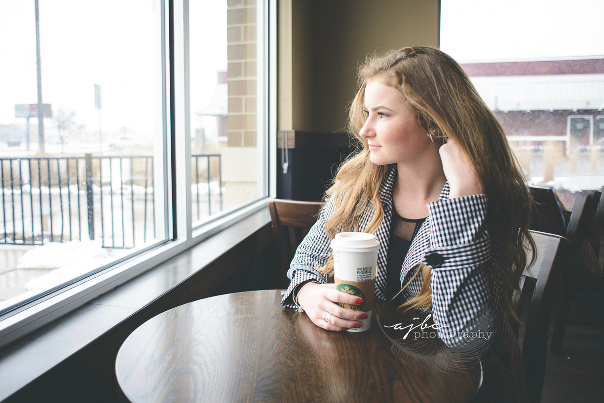 Port Huron Senior Photoshoot at Starbucks