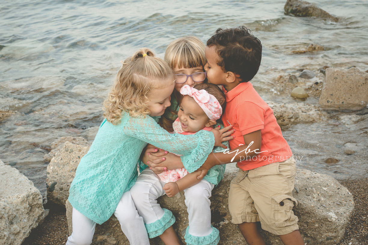 Lifestyle Creative Kids Portraits Lake Huron.jpg