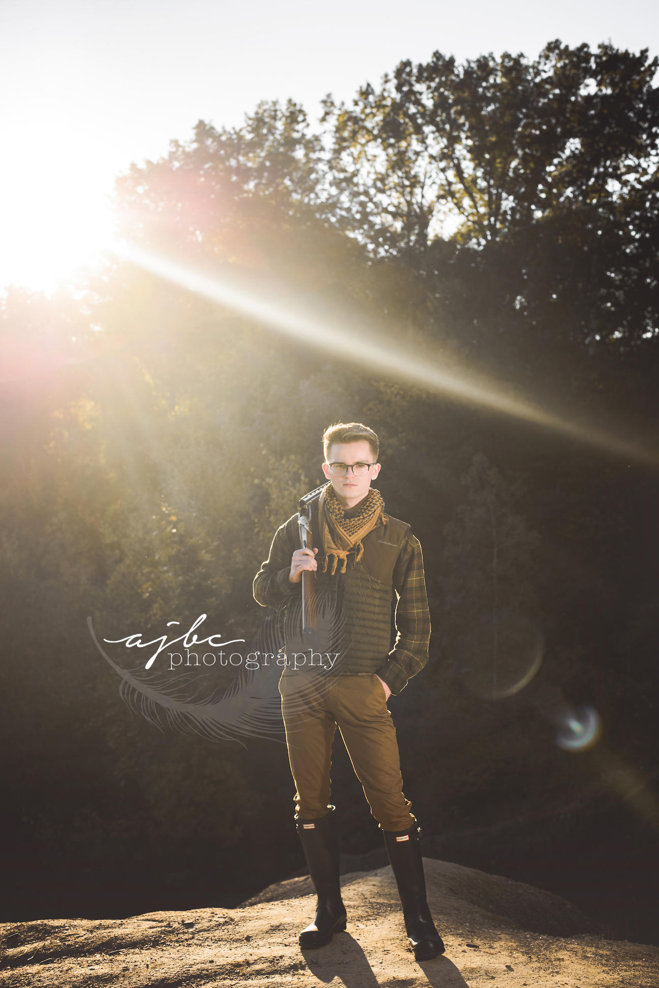 outdoor nature senior photos.jpg