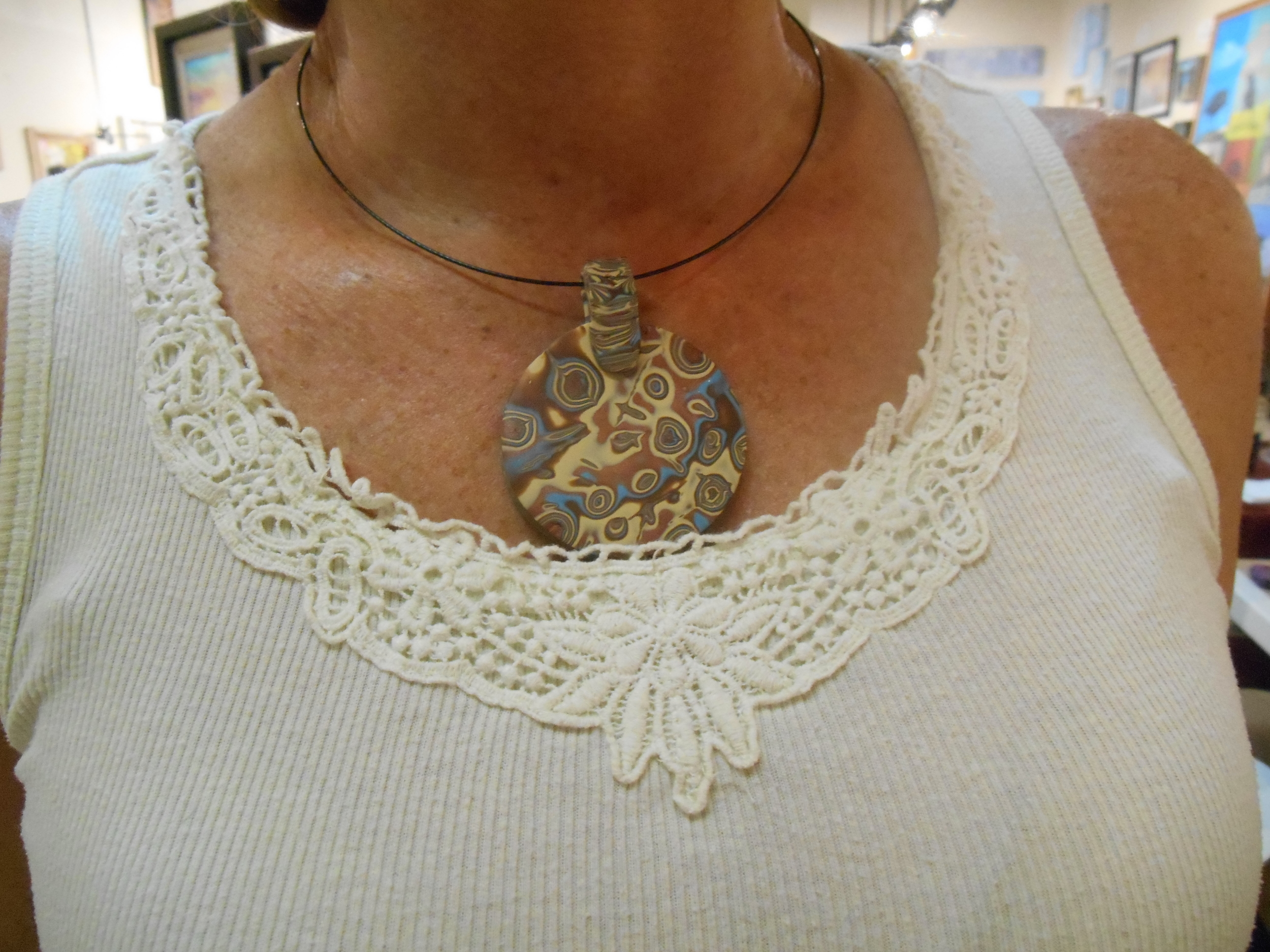 Here is a closer view of Debbie's creation! She made some gorgeous earrings to match too!