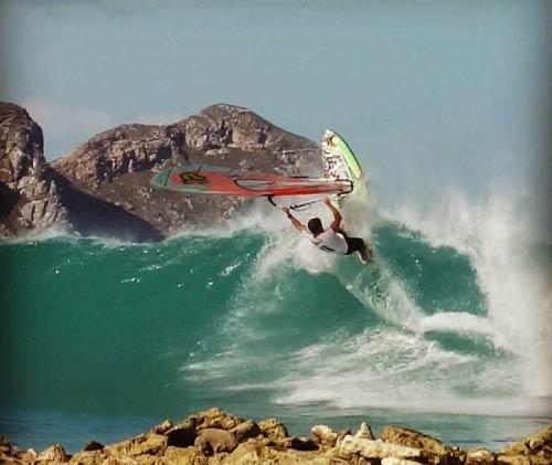 los-roques-ricardo-campello-windsurf.jpg