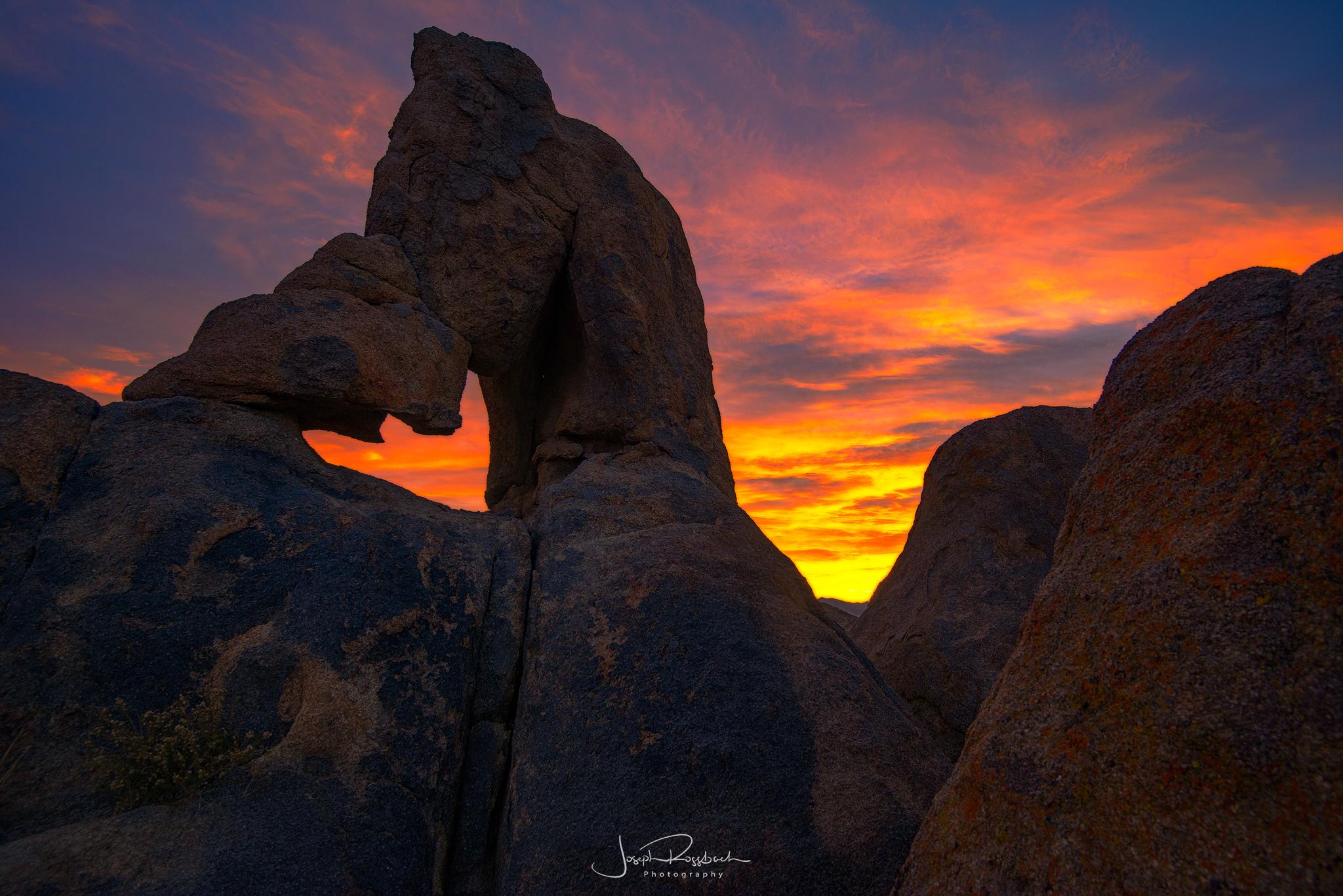 Boot Arch Sunrise, Alabama Hills, California