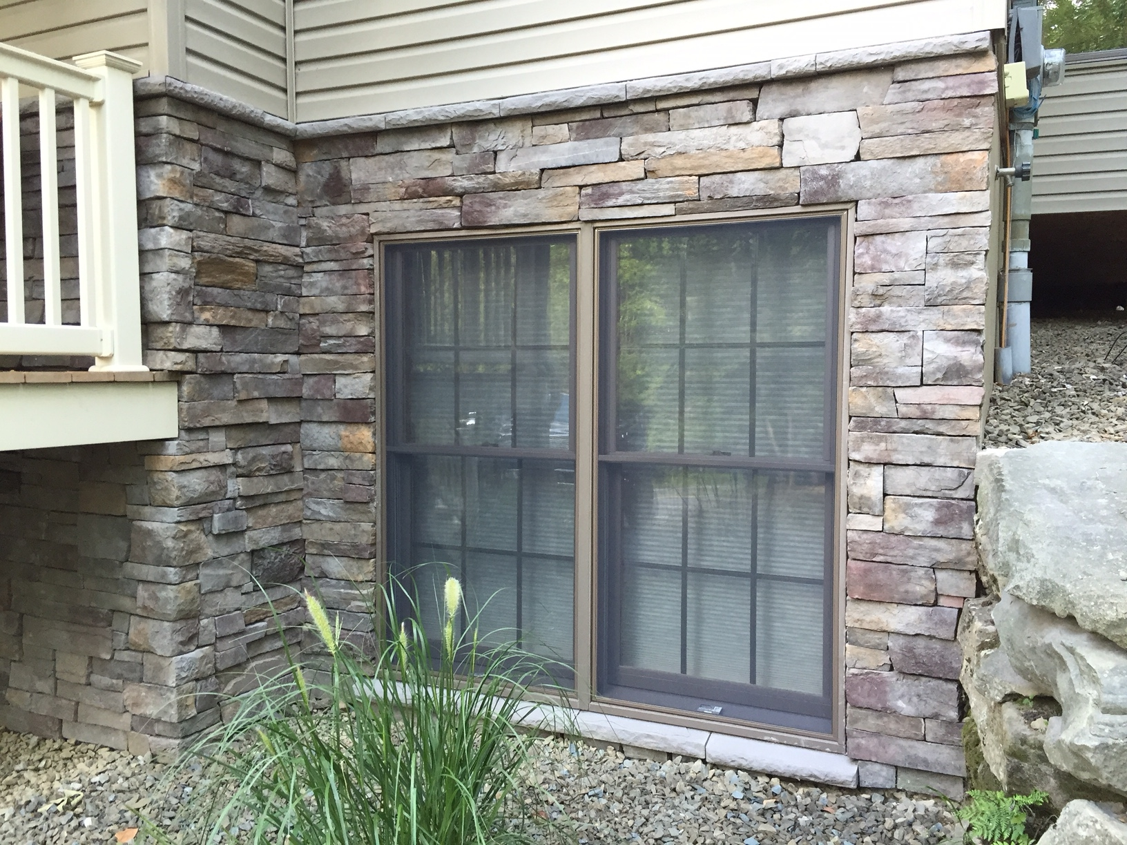 """Dry Stacked"" Cultured Stone (Owens Corning)"