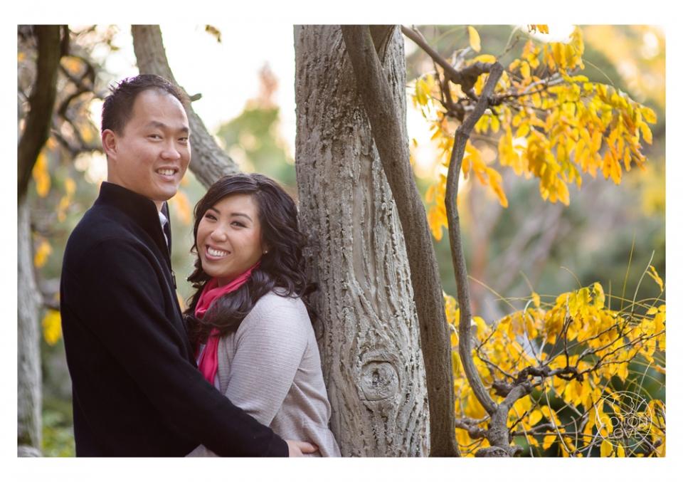 09_SuzyIssac_HuntingtonLACMA_EngagementPhotography_sharpened(pp_w960_h677).jpg