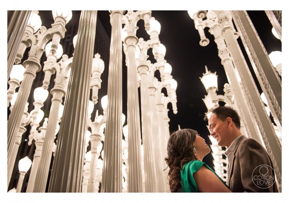11_SuzyIssac_HuntingtonLACMA_EngagementPhotography_sharpened(pp_w960_h677).jpg