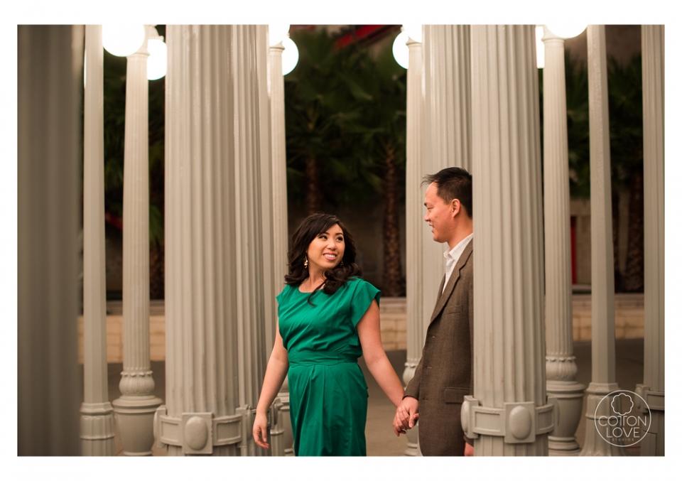 12_SuzyIssac_HuntingtonLACMA_EngagementPhotography_sharpened(pp_w960_h677).jpg