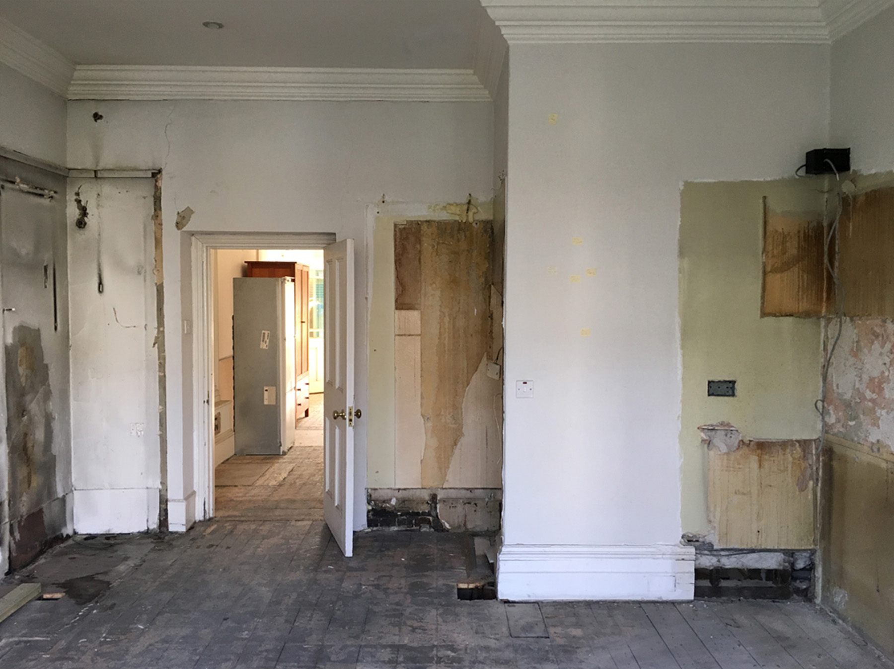October 2016  The stripped out interior of a villa in Holland Park. Further opening up required to create a study…   Link to project