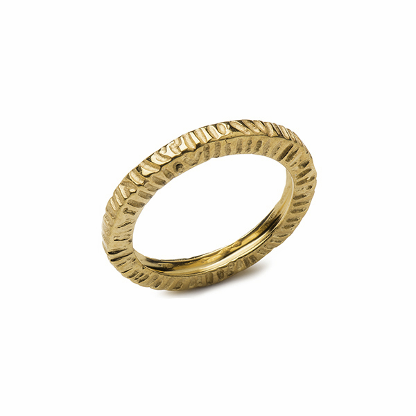 VG810GP IMPRESSIONS STRIPE RING    18K Gold Plate over Sterling Silver; High Polish Finish
