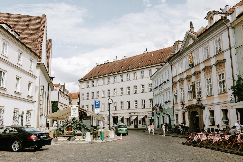 prague-tourist-traps