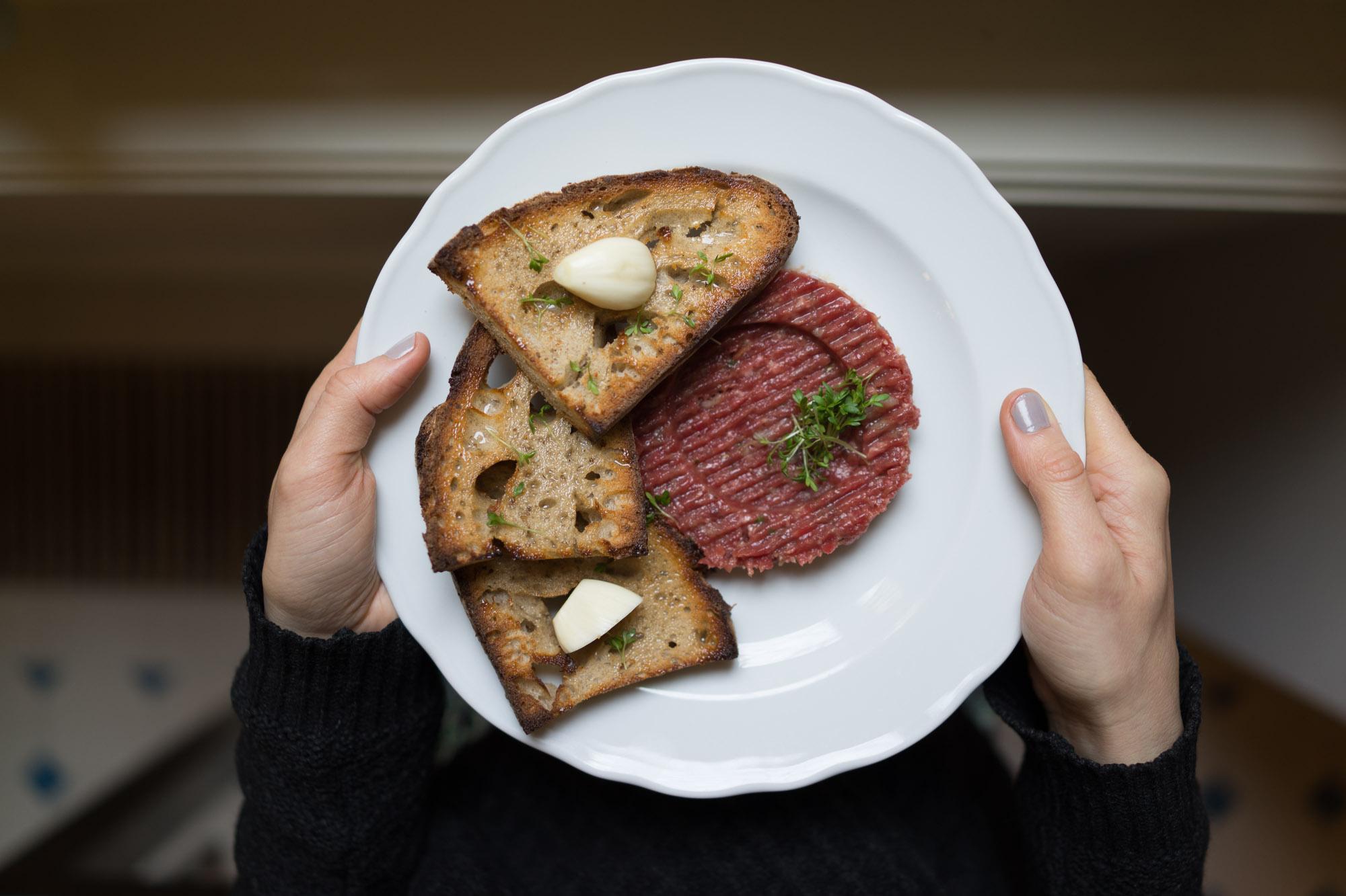 Steak tartare at Kantyna, Prague