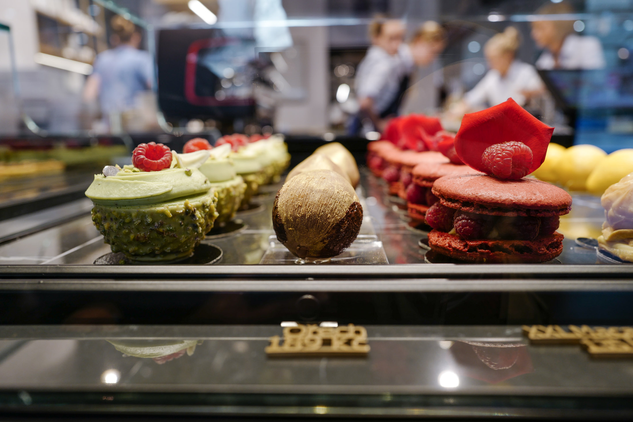IF cafe - pastries in Prague