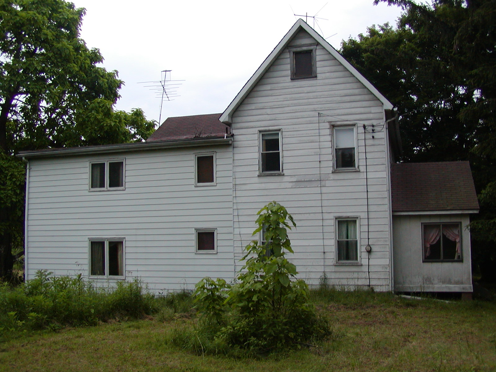Chapel Valley Estate, Ellwood City, PA (BEFORE)