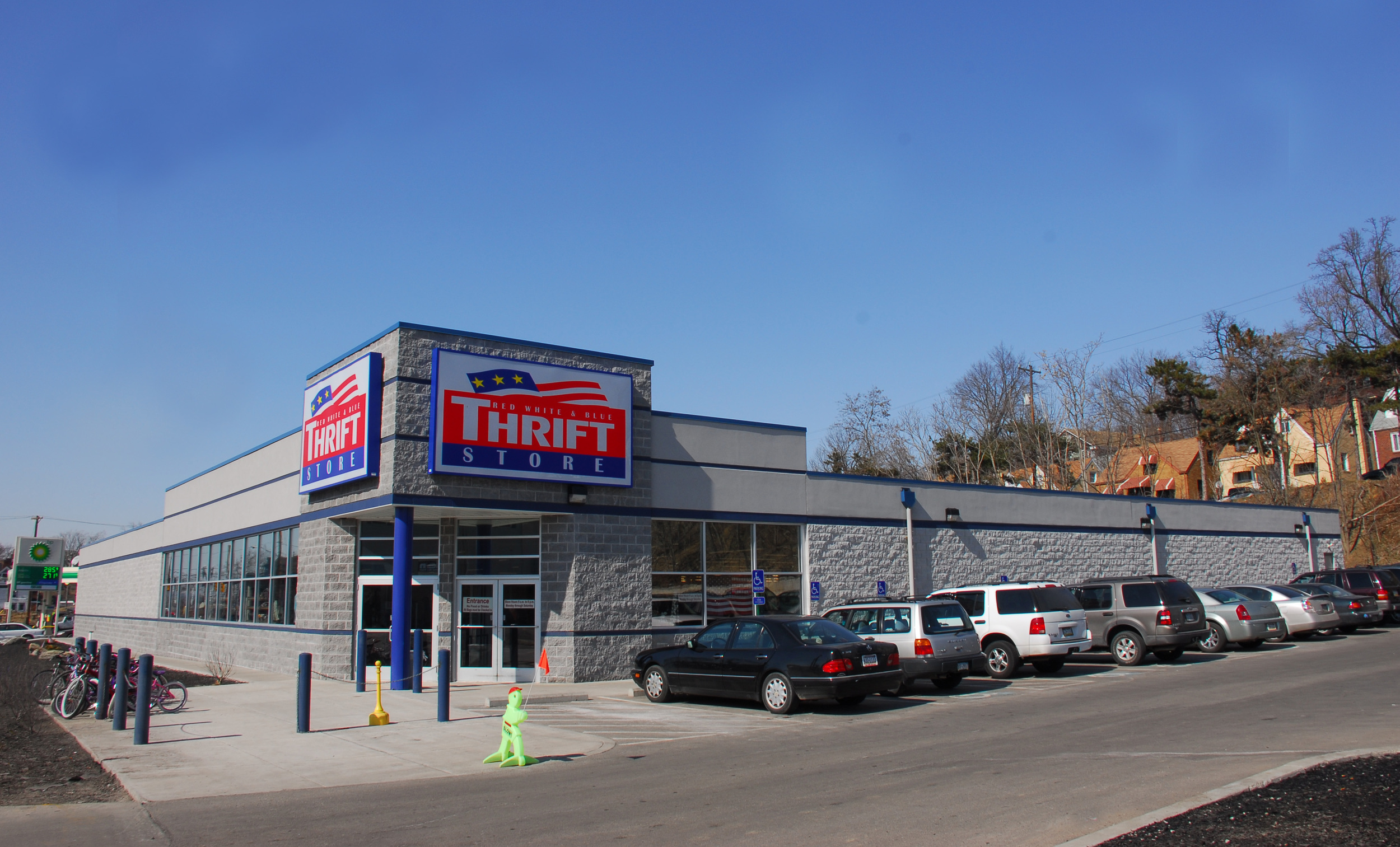 Red White and Blue Thrift Store, Avalon, Allegheny County