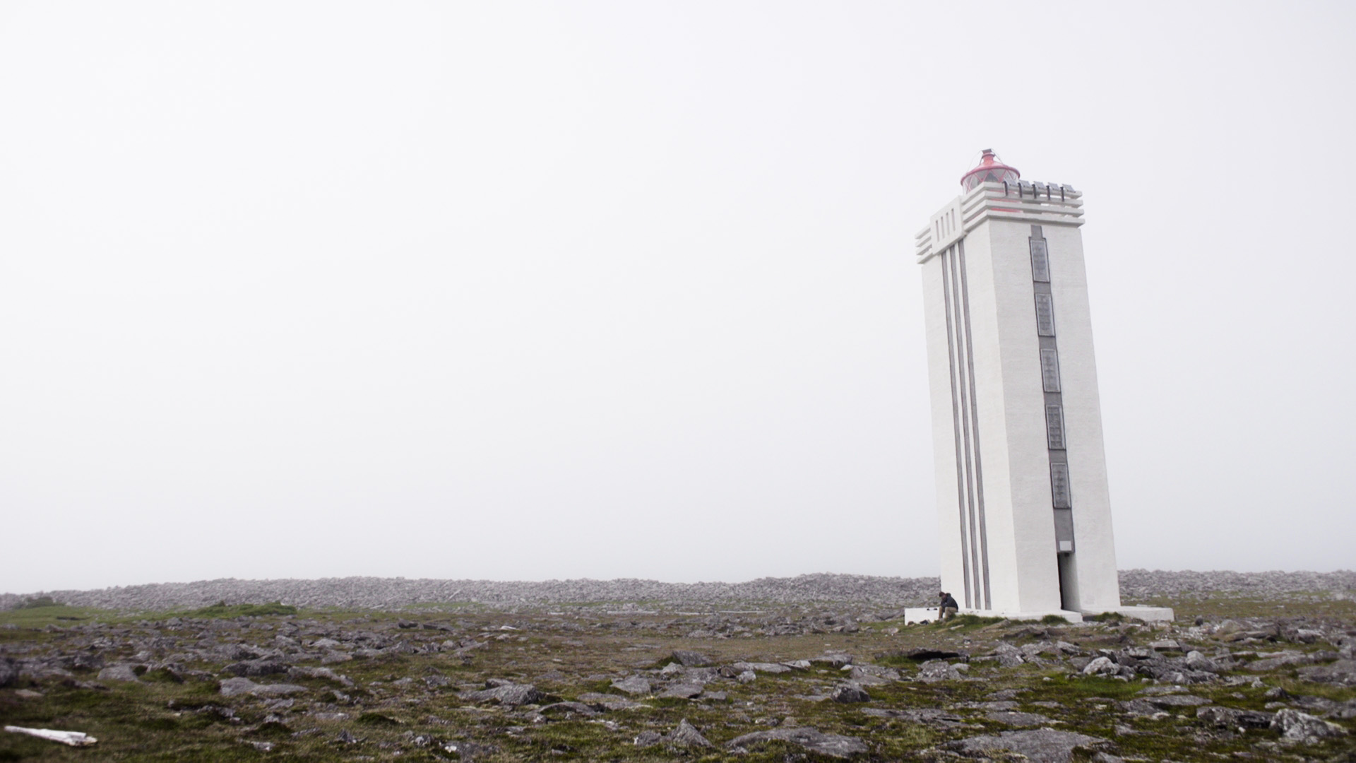 In 2014, I came upon the northernmost lighthouse at 2:30am when the sun was just beginning to rise behind it, an incredibly beautiful experience. This time, it was midday and quite foggy. I couldn't see it clearly until I was a few hundred feet away.