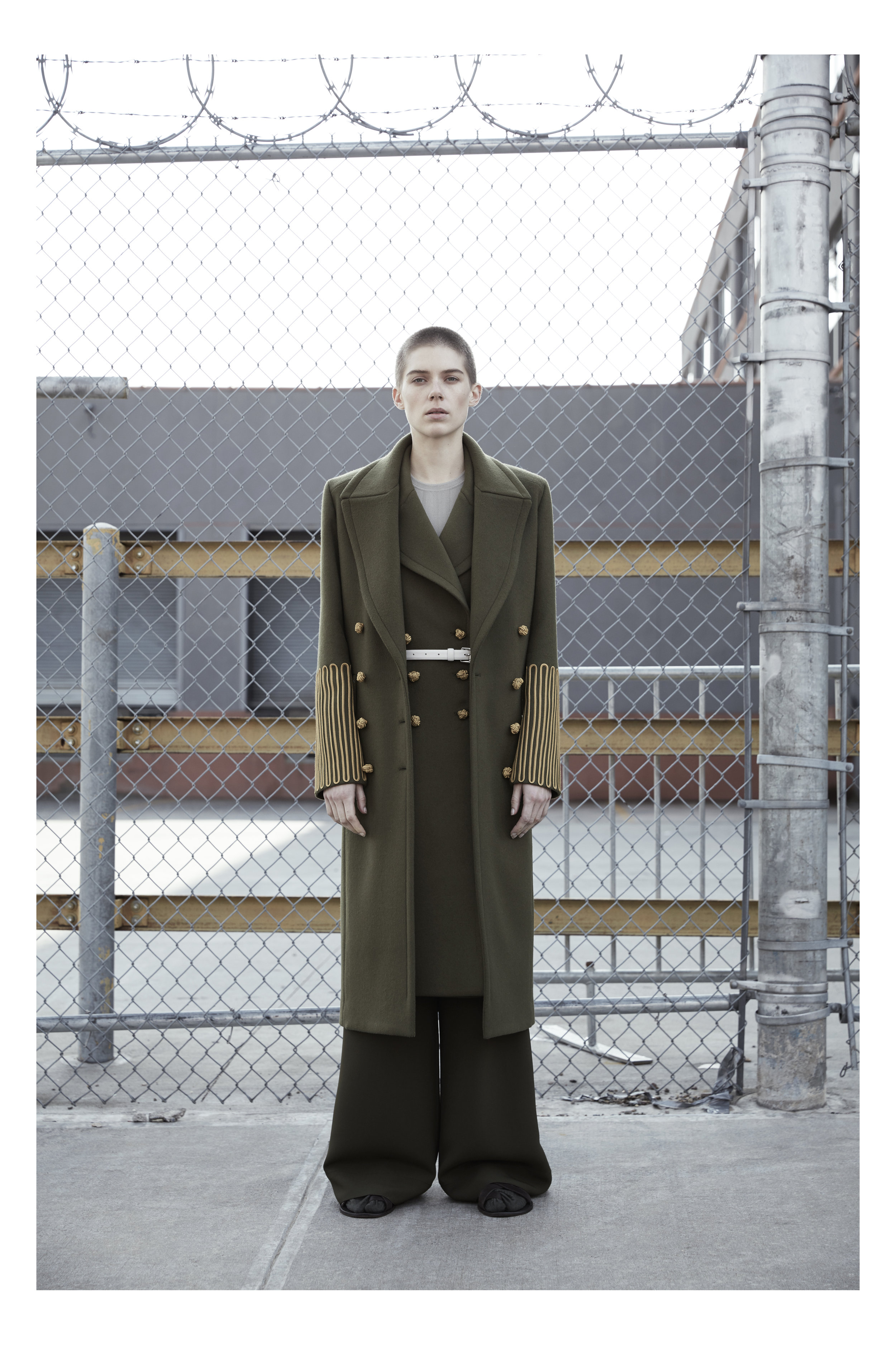 14_VICTOR_ALFARO_FW17_BY_JEREMY_WILLIAMS.jpg