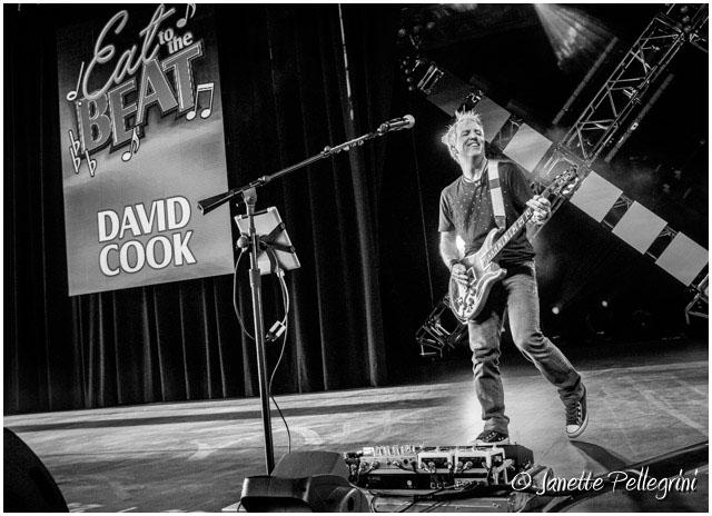 017 09-21-17 WDW David Cook Day 1 RAW 456 blog.jpg
