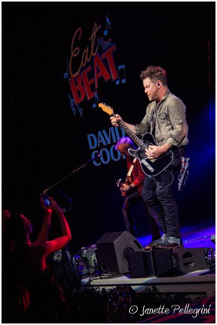 007 09-22-17 WDW David Cook Day 2 RAW 502 blog.jpg