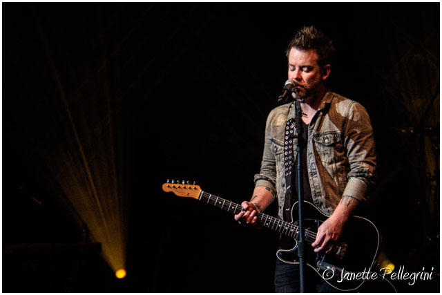 012 09-22-17 WDW David Cook Day 2 RAW 569 blog.jpg