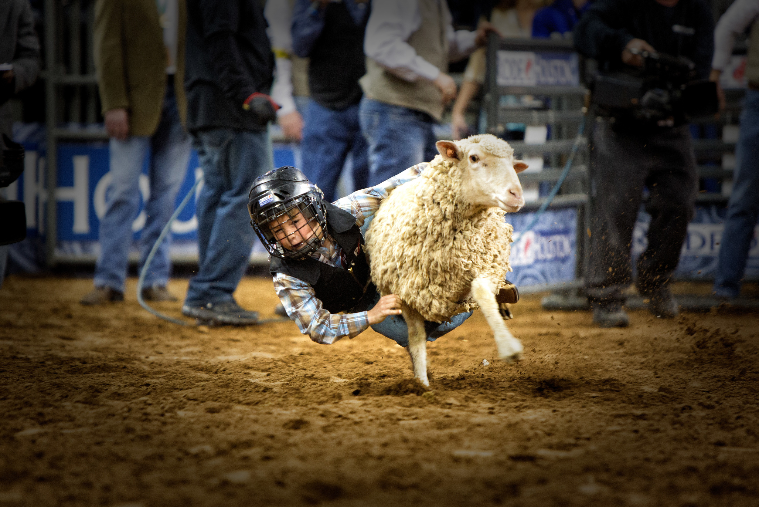 Houston Rodeo-Mutten Bustin'