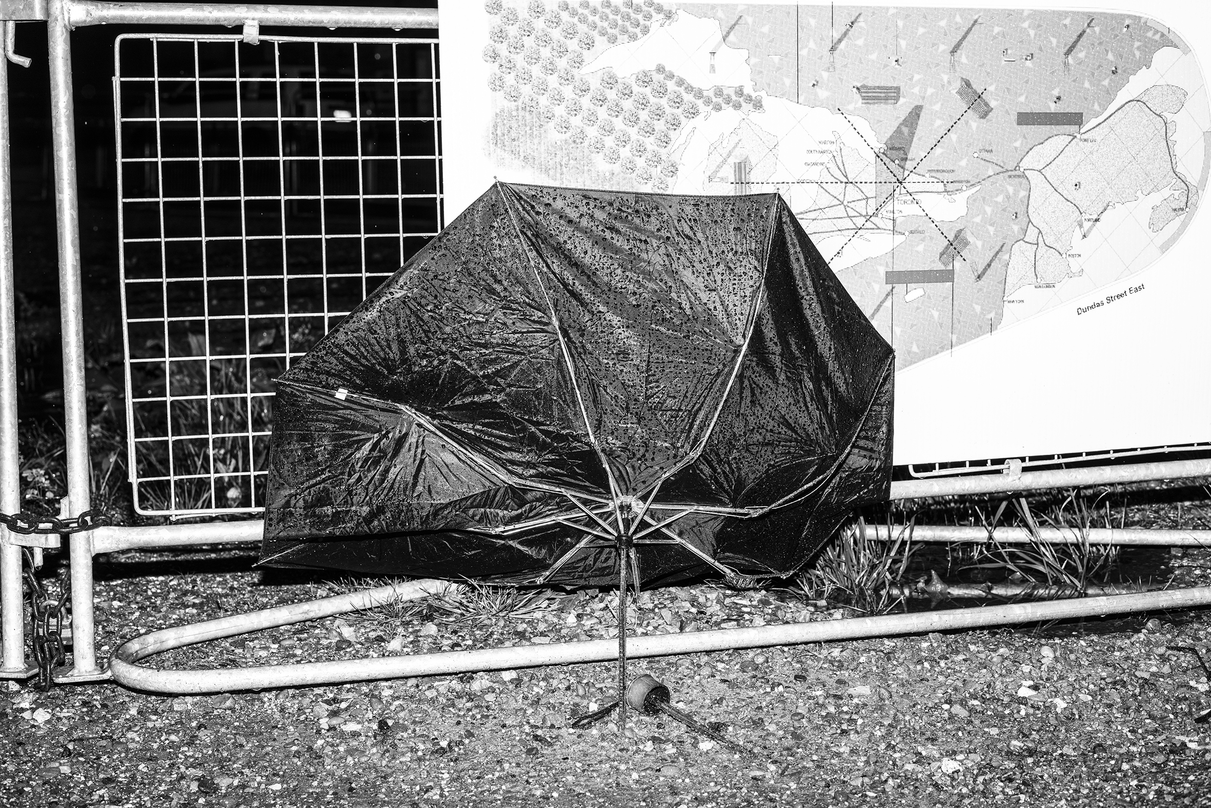BROKEN_UMBRELLA.jpg