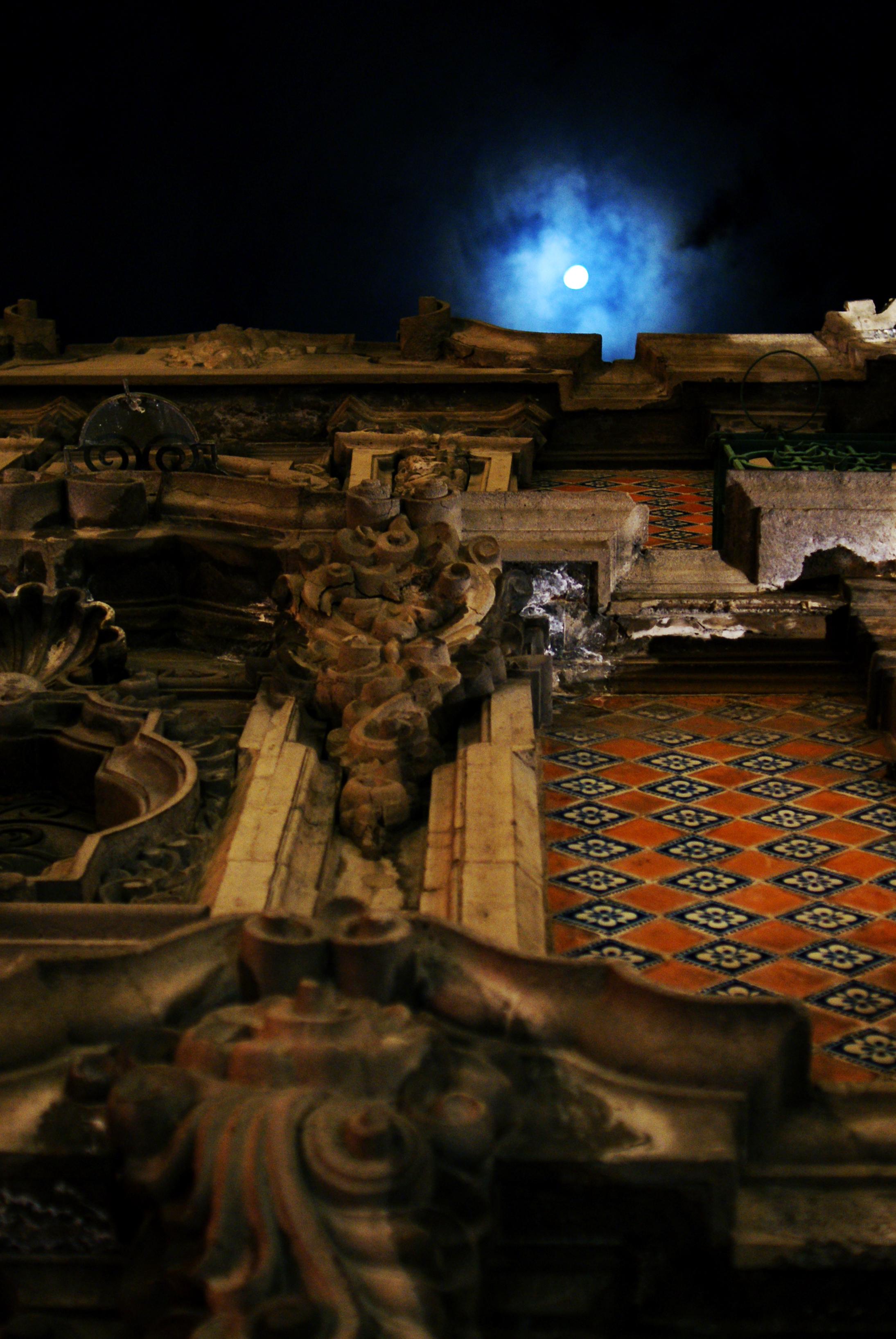 Moon Rising above Puebla