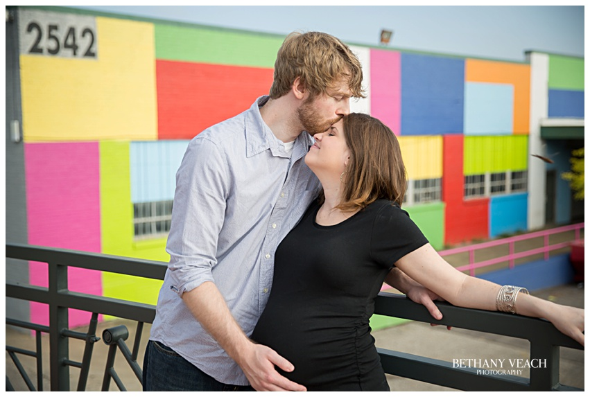colorful maternity pictures