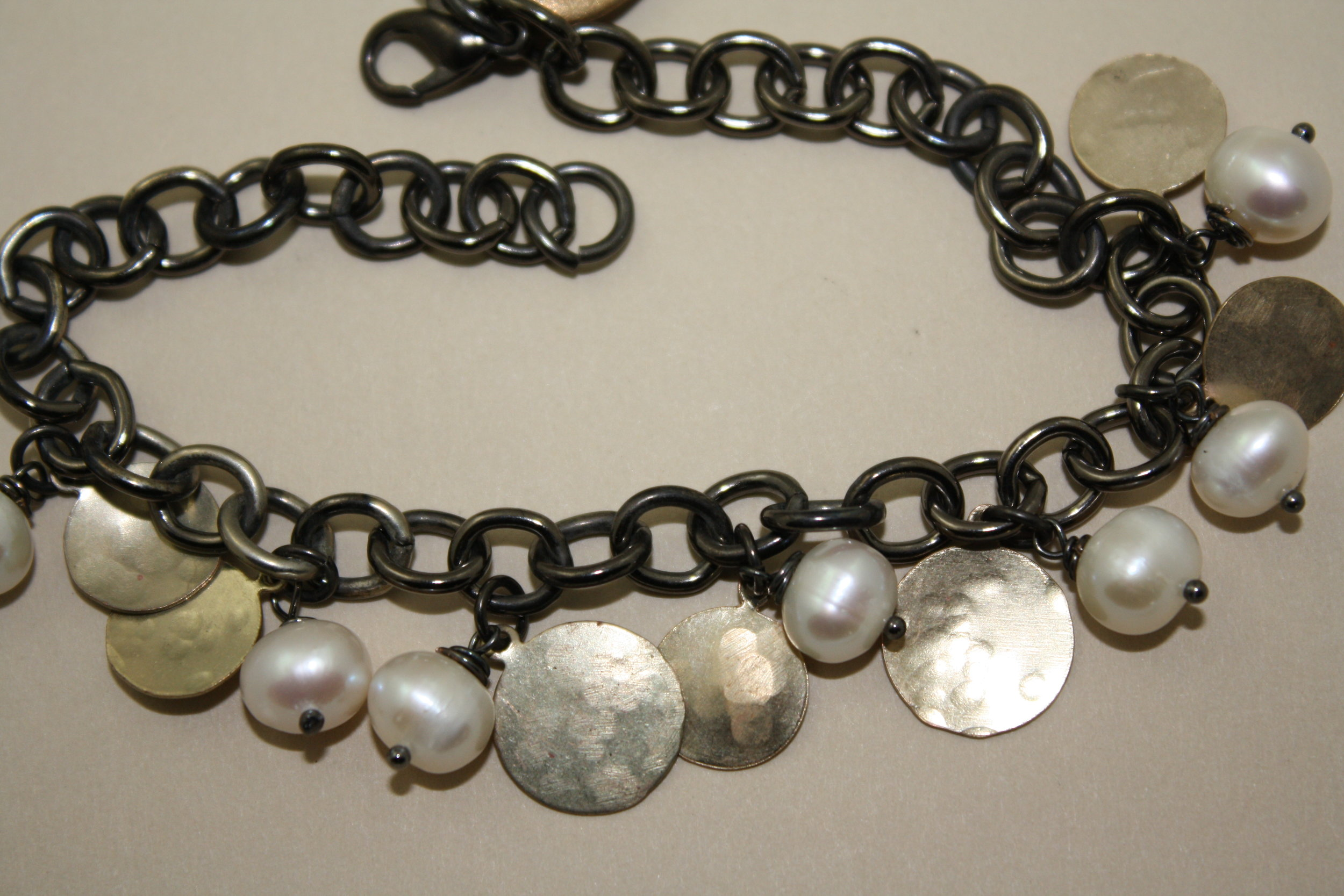 Black chain with pearls and discs4.JPG
