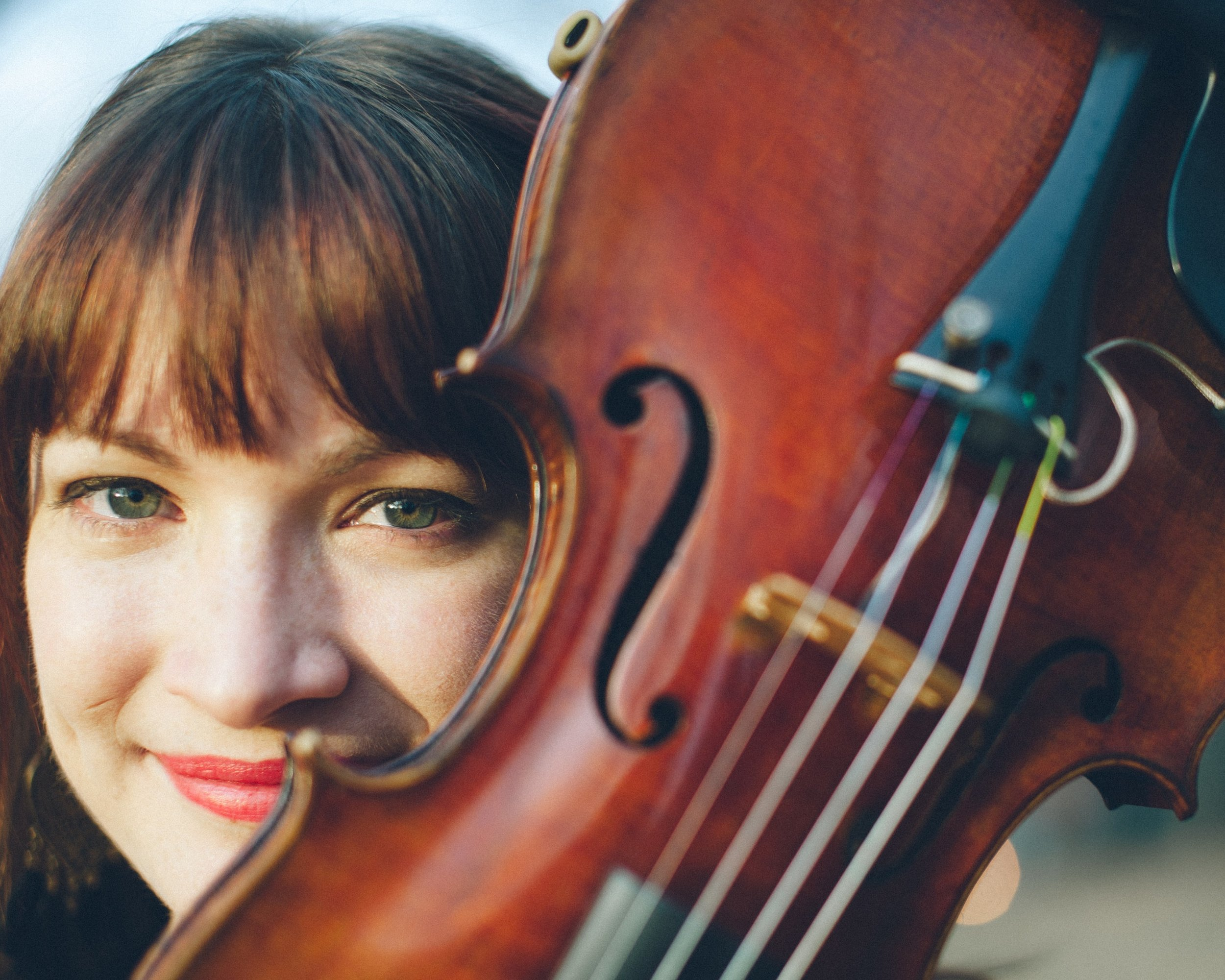 Anna Hennessy Head Shot with Violin.jpg