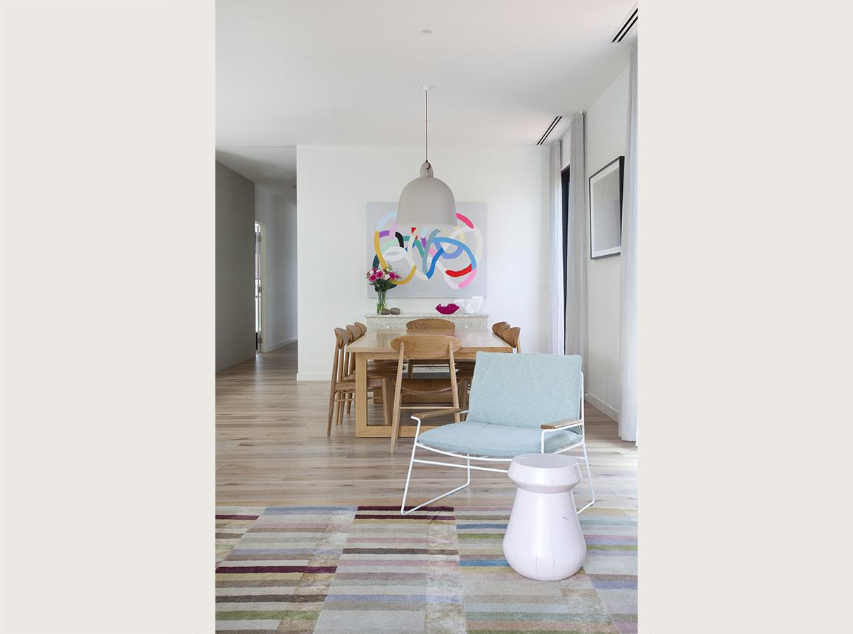 lounge_2.jpg
