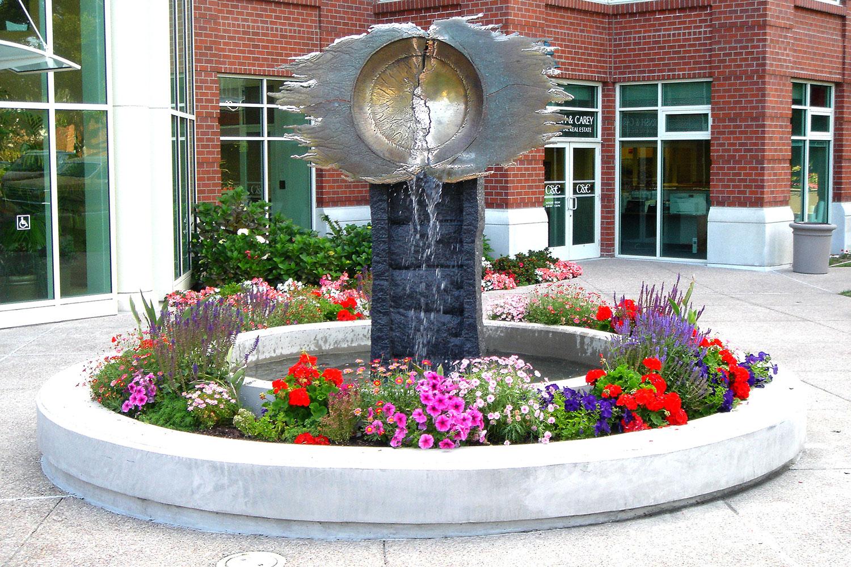 Platter 143 Fountain