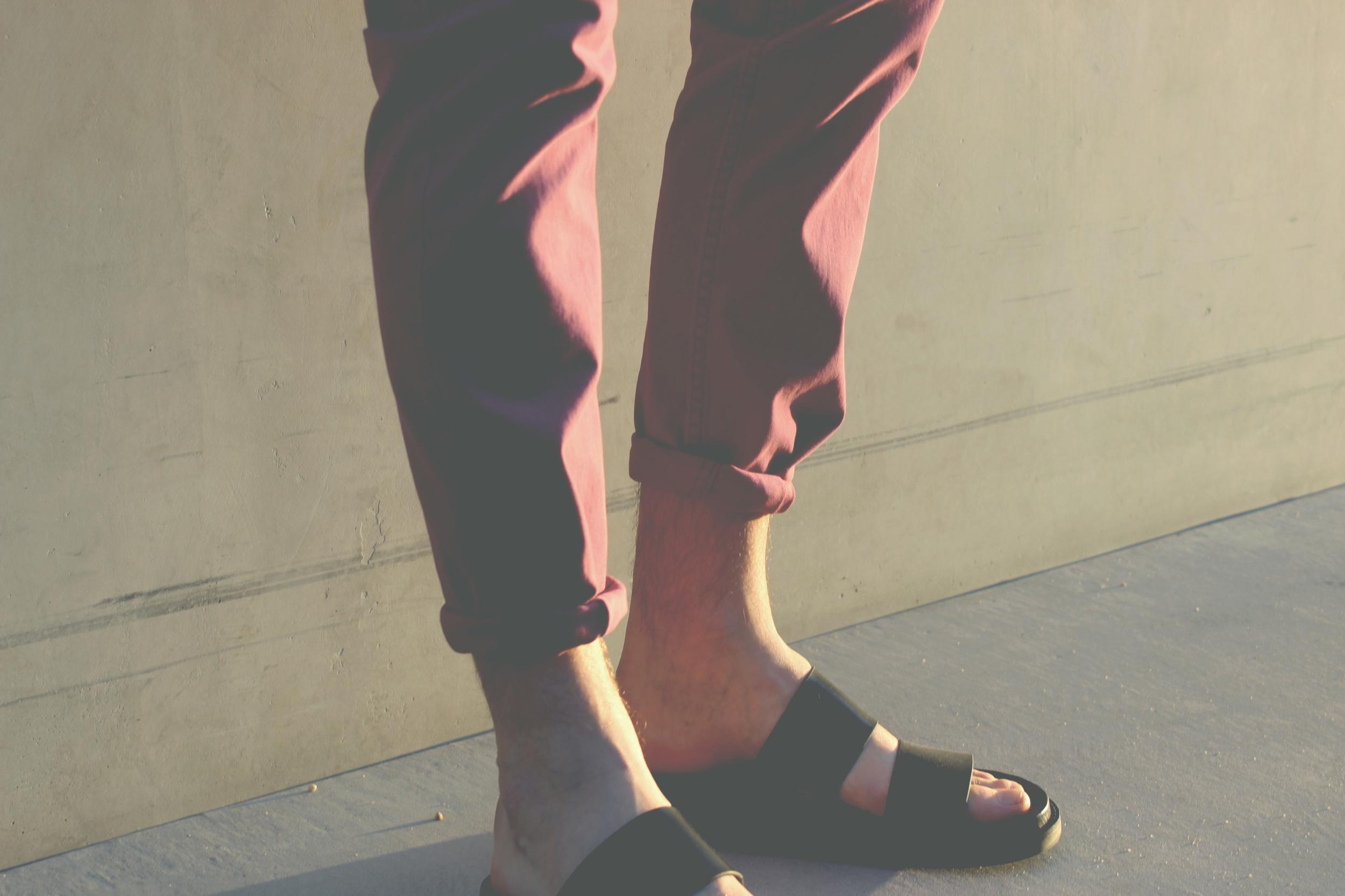 mogblog_sandals_closeup.jpg