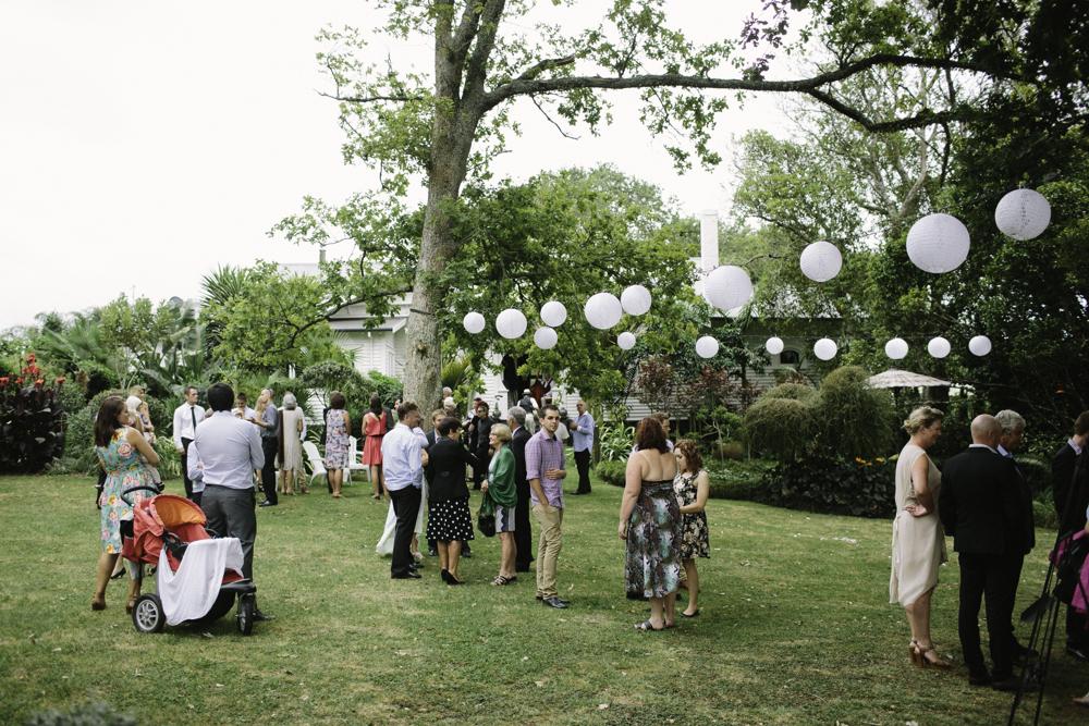 new_zealand_desination_wedding_photography_garden_romantic-1033.jpg