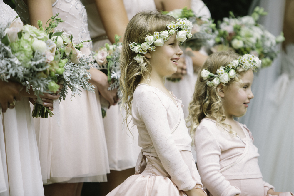 new_zealand_desination_wedding_photography_garden_romantic-1052.jpg