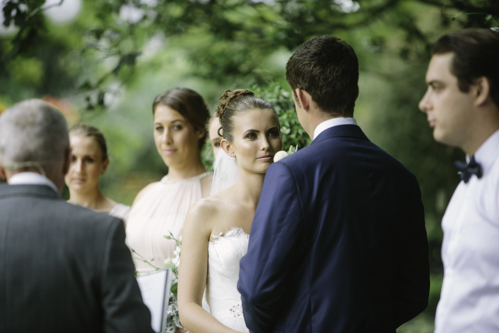 new_zealand_desination_wedding_photography_garden_romantic-1057.jpg