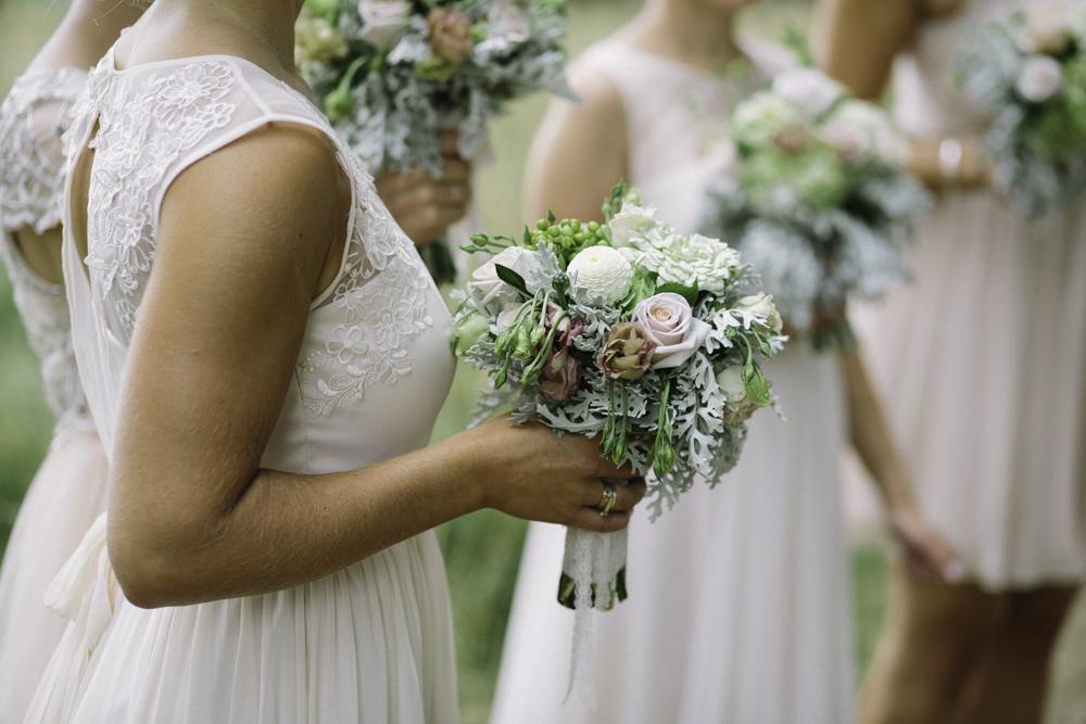 new_zealand_desination_wedding_photography_garden_romantic-1112.jpg