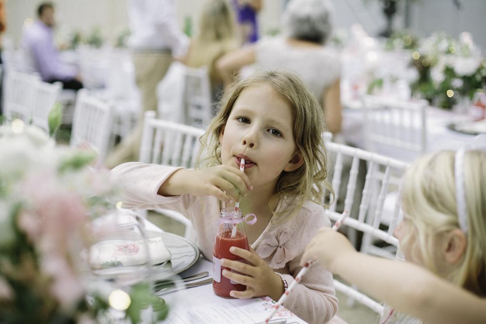 new_zealand_desination_wedding_photography_garden_romantic-1118.jpg
